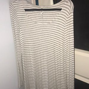 Dresses & Skirts - White and grey striped long sleeve dress